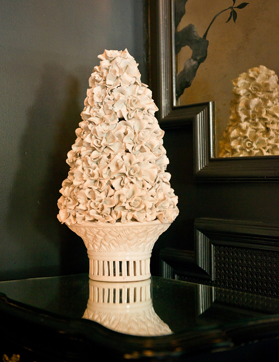 A ceramic flower decoration at the Maison 140 Hotel located at the heart of Beverly Hills